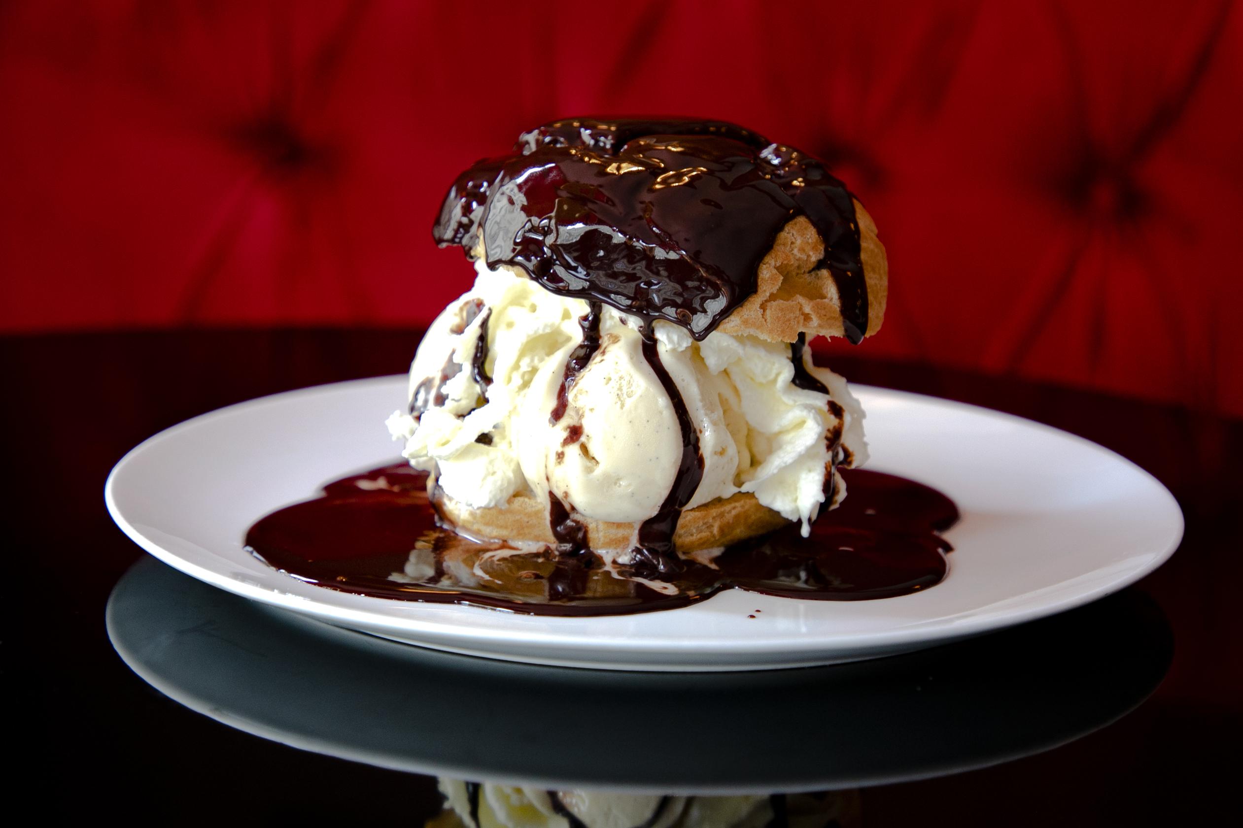Dessert_profiteroles